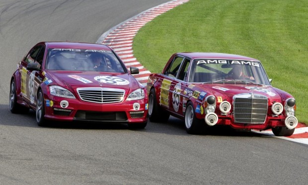 300 SEL 6.8 AMG vs. S 63 AMG ''Thirty-Five'': Vergangenheit trifft Zukunft