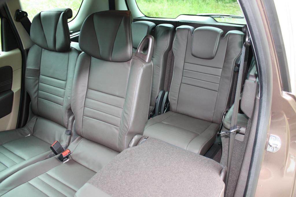 Beim Einsatz aller sieben Sitze verbleibt ein Gepäckraum von 208 Litern.