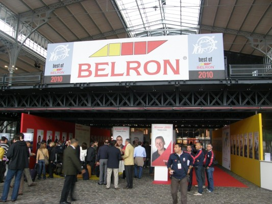 Best of Belron Paris 2010: Weltbester Belron-Monteur Benoît Decker aus Belgien