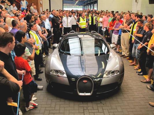 Bugatti Veyron für 760.000 Euro vermarktet