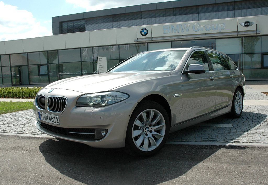 Der Business-Touring: BMW kündigt schicken 5er-Kombi für September an