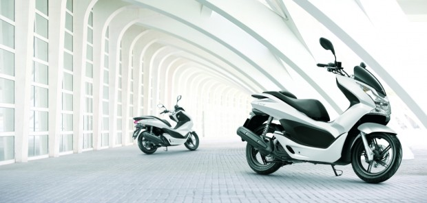 Honda PCX: Erster Roller mit Leerlaufabschaltung erhältlich