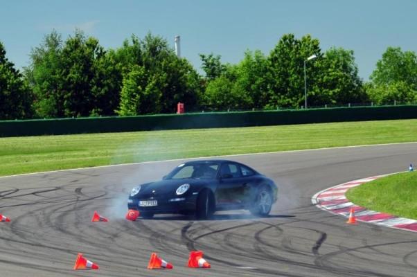Lernen fürs Leben. Oder: Wie man einen Porsche richtig bewegt.