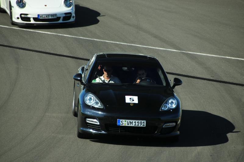 Lernen fürs Leben. Oder: Wie man einen Porsche richtig fährt.