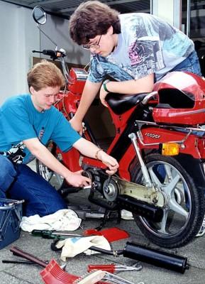 Neuer Moped-Führerschein: ACE warnt vor mehr Unfällen
