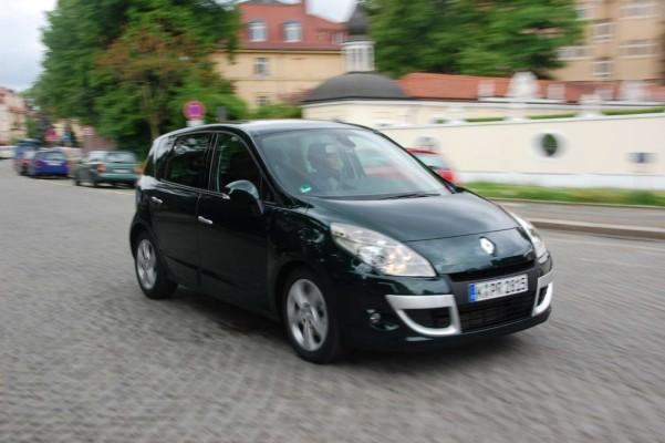 Renault Scénic TCe 130 Dynamique: Überzeugender Kompakt-Van mit Esprit