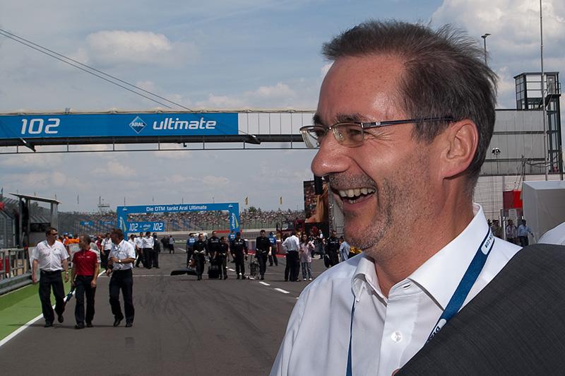 Spengler siegt auf dem EuroSpeedway und baut Gesamtführung aus