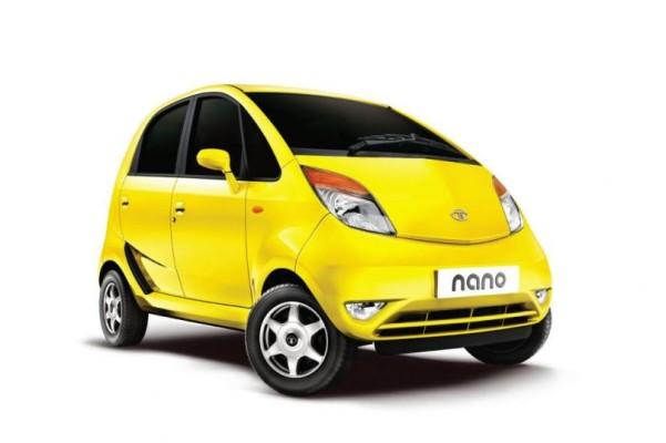 Tata Nano: Mofa mit Dach
