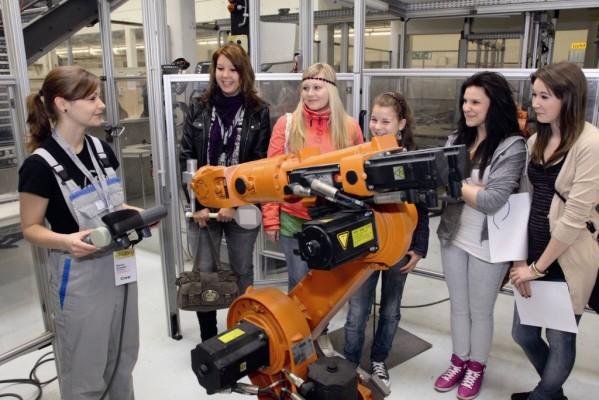 Volkswagen informiert über Berufsausbildung und duales Studium