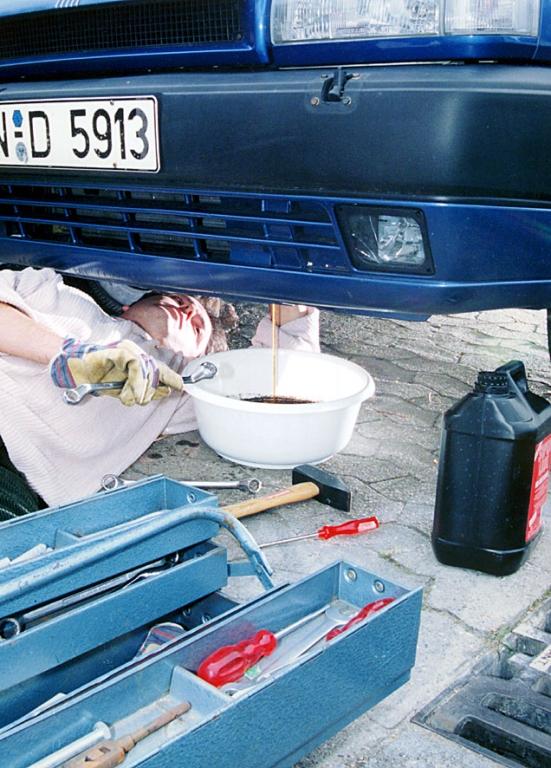 ADAC: Im Zweifel beim Diesel öfter mal das Öl wechseln