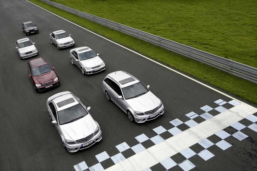 AMG-Historie: sechs AMG-Modelle am Start in Le Castellet.