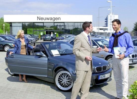 Auto-Käufer lassen sich von Werbung kaum beeinflussen
