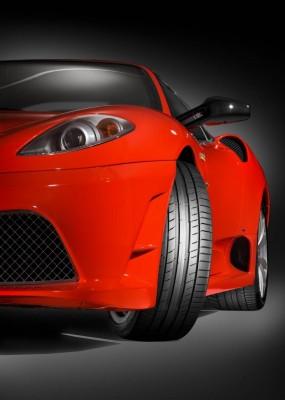 Beeinflussen Reifentests die Kaufentscheidung bei Pneus?