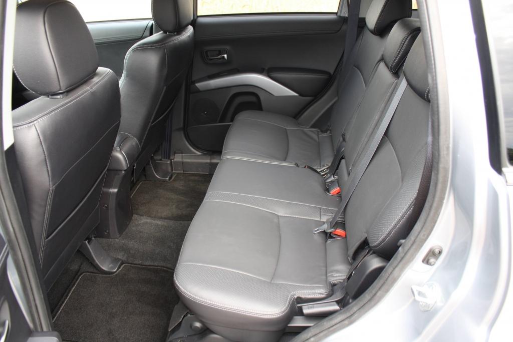 Den Einsteigenden empfing Wohlfühlatmosphäre. Auffällt, dass Mitsubishi bei der Qualität verwendeter Materialien und deren Verarbeitung gleichermaßen aufgeholt hat.