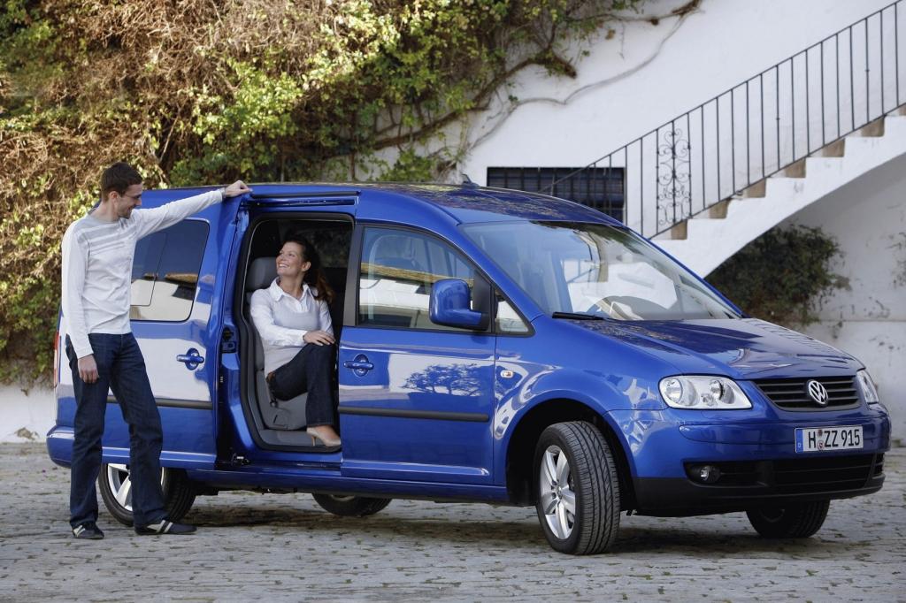 Die zweite Sitzreihe des VW Caddy Maxi Life kann zusammengefaltet werden.