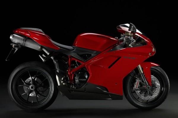 Ducati: 848 kommt ''evolutioniert'' ins neue Modelljahr