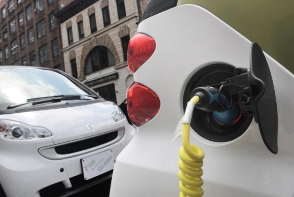 E-Auto: Schlägt deutsche Gründlichkeit internationale Schnelligkeit?