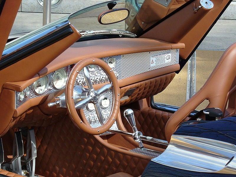 Ein Blick ins Interieur des Spyker C8