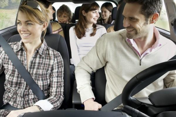 Familienfreundliche Sitzsysteme: Fünf, vier, drei, zwei ...