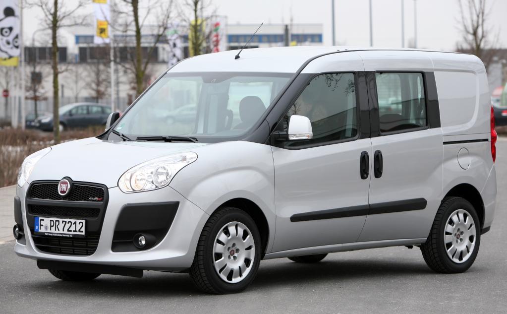 Fiat Doblo Cargo Kombi.