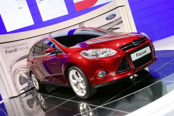 Ford Focus wird auf Alpenpass getestet