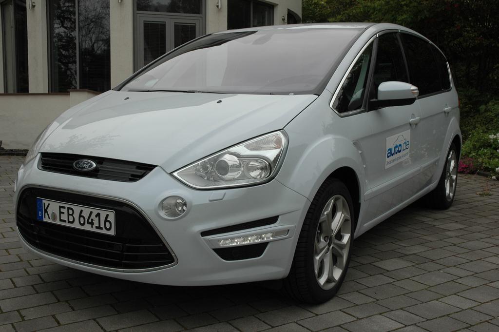 Ford S-Max Ecoboost: Der aufgeladene Benzindirekteinspritzer leistet 203 PS.
