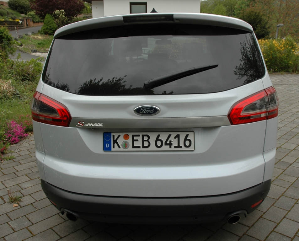 Ford S-Max Ecoboost: Heckansicht.