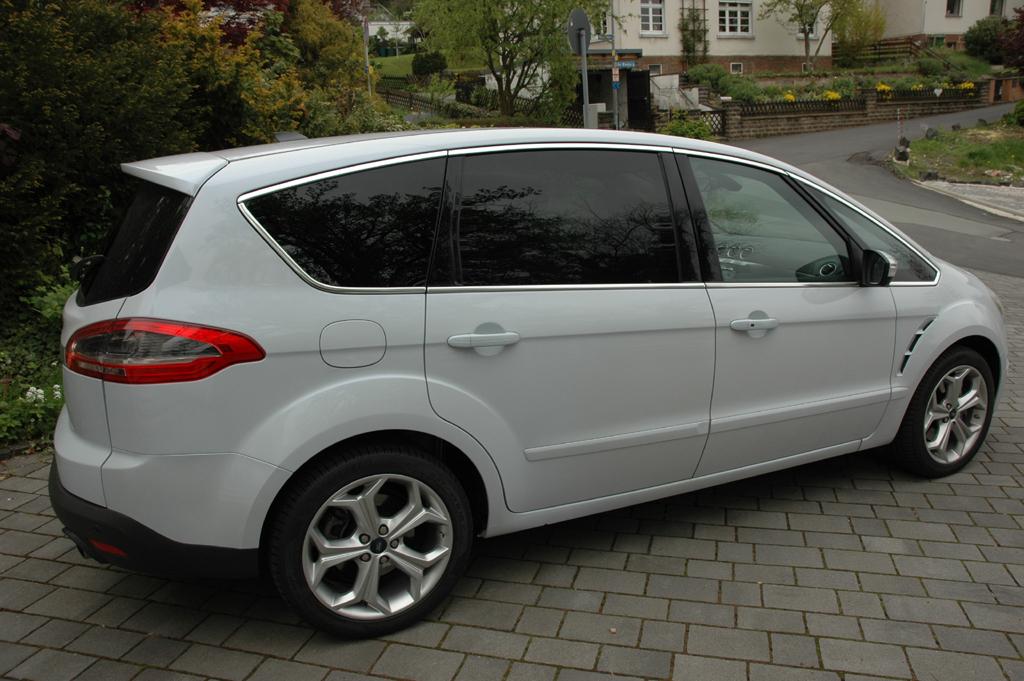 Ford S-Max Ecoboost: Seitenansicht.