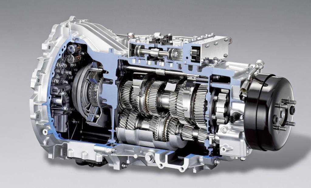 Fuso bringt erstes Doppelkupplungsgetriebe für Lkw