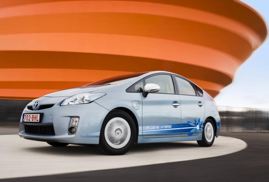 Größere Reichweite für Toyota Prius Plug-In
