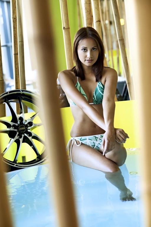 Hot Summer bei Dotz – mit Bikini und girly Felgen