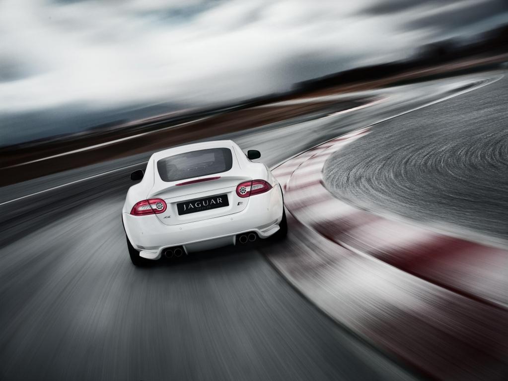 Jaguar bringt Extras für XKR