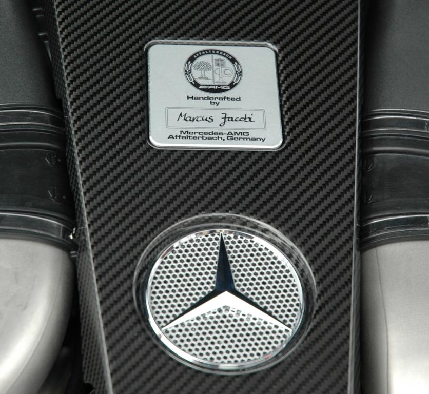"""Mercedes CL 63 AMG: Es gilt """"Ein Mann, ein Motor""""."""