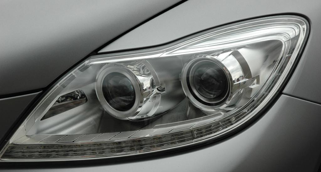 Mercedes CL 63 AMG: Leuchteinheit vorn.