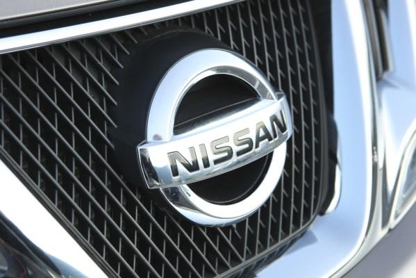 Nissan weist operativen Gewinn aus