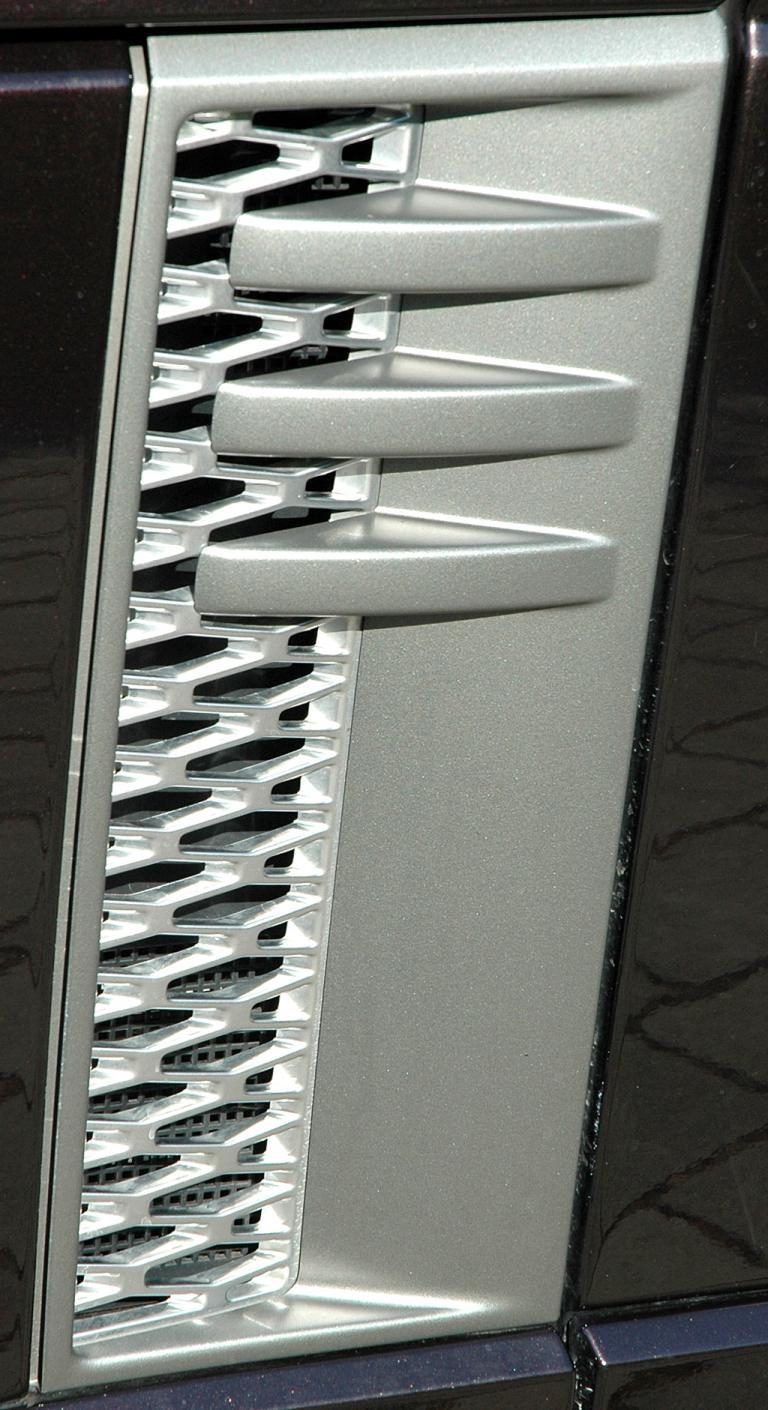 Range Rover Supercharged: Blick auf ein Detail an der Außenhaut.