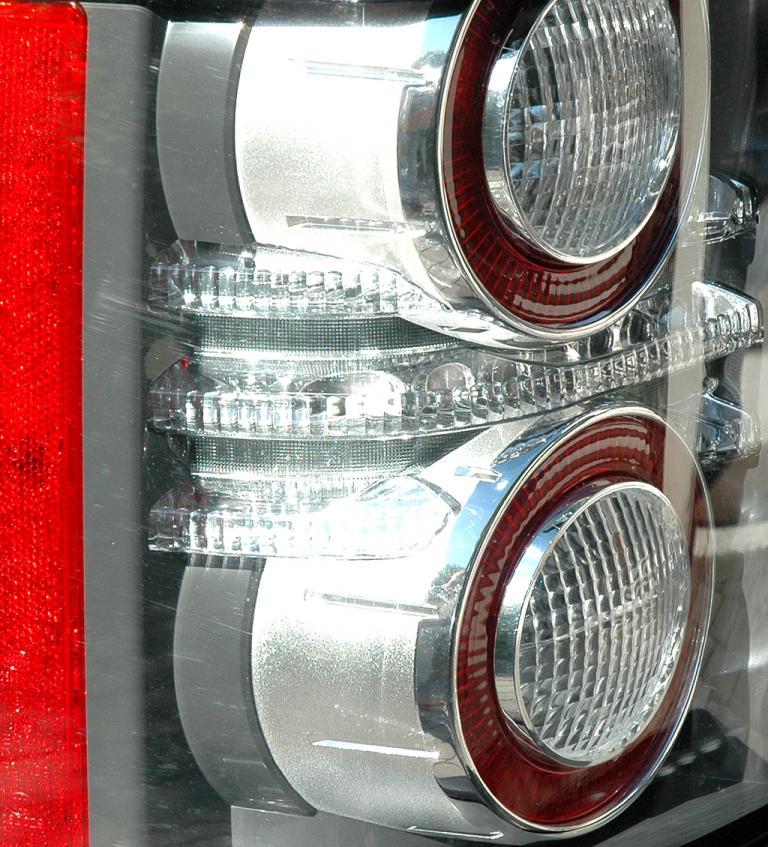 Range Rover Supercharged: Leuchteinheit hinten.