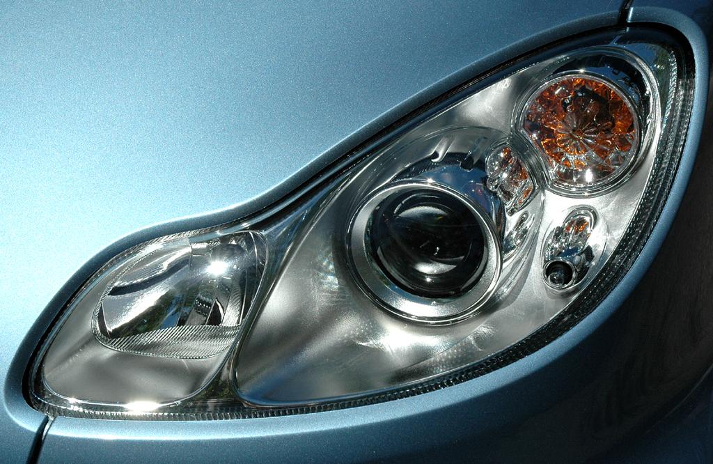 Smart Fortwo: Leuchteinheit vorn.