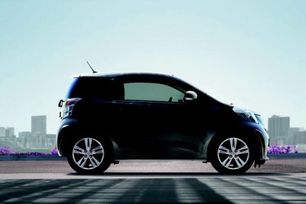 Toyota iQ: Leicht überarbeitet ins neue Modelljahr