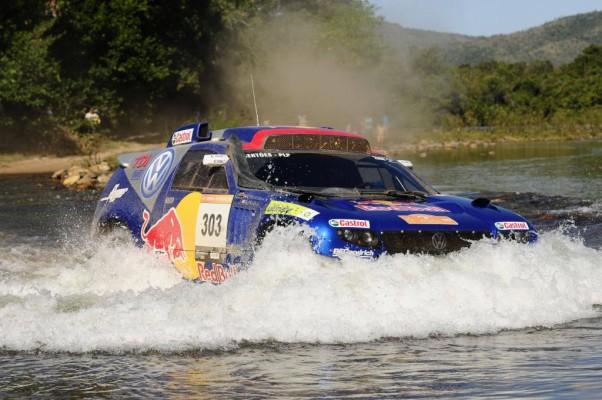 Volkswagen entwickelt neuen Race Touareg für die Rallye Dakar 2011