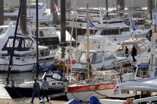 51. Internationale Bootsausstellung hanseboot 2010 mit Weltpremieren, Sonderschauen und Regatta der Meister