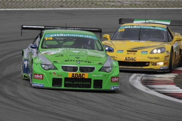 ADAC-Masters-Weekend mit Siegen für BMW, Aston Martin und Ginetta
