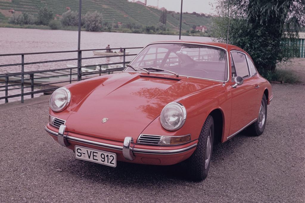 Auf Rang fünf schaffen es Porsche 911 und 912.