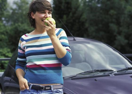 Beim Autofahren sollten Diabetiker auf Unterzuckerung achten
