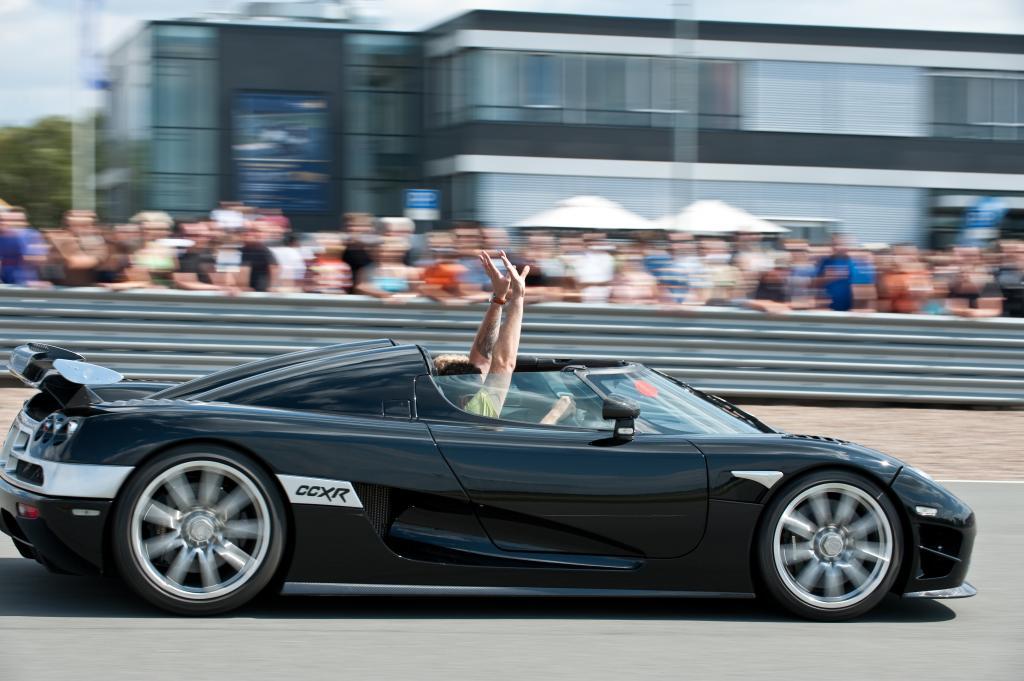 Charity Challenge: Fahrten im Luxus-Sportwagen für den guten Zweck