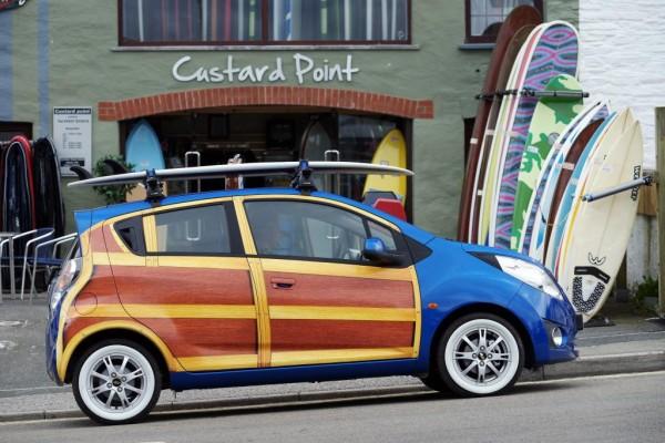 Chevrolet zeigte Spark Woody Wagon auf der Boardmasters 2010