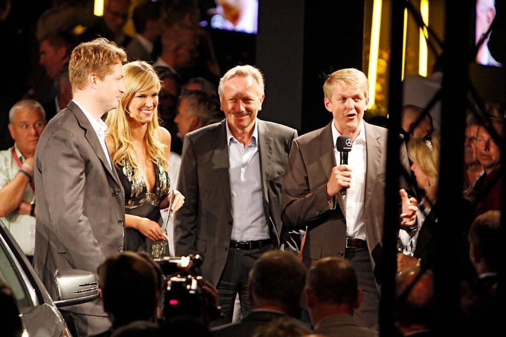 Der neue Mercedes CL 63 AMG wurde im Rahmen des Formel-1-GP auf dem Hockenheimring enthüllt: AMG-Chef Ola Källenius, Mercedes-Vertriebschef Joachim Schmidt und Mercedes-Entwicklungschef Thomas Weber - von links nach rechts.