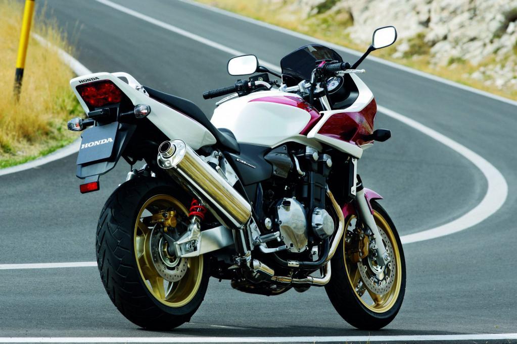Die Honda CB 1300 ist für 12 490 Euro zu haben.