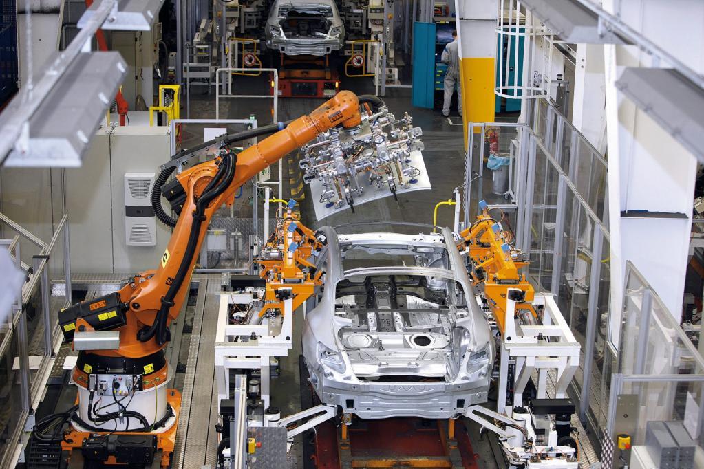 Die Produktion eines Autos schluckt Ressourcen und belastet die Umwelt.