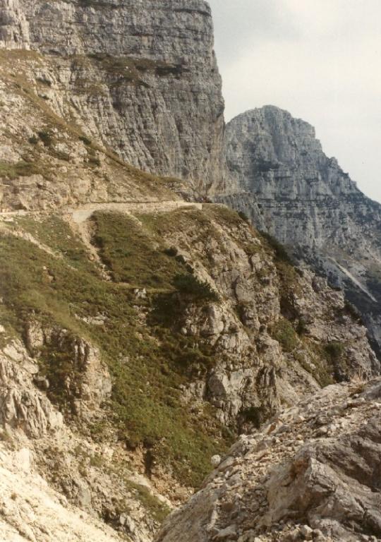 Die gefährlichsten Straßen der Welt - Heute: Auf den Pasubio in Italien
